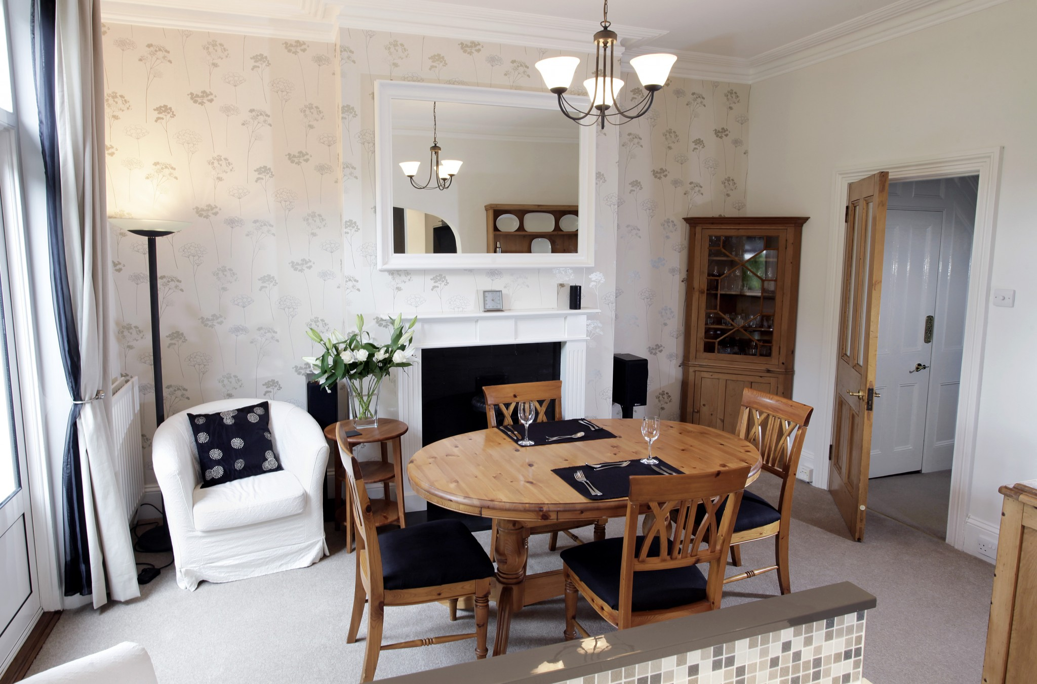 Cost Effective Interior Design How To Choose And Use An Interior Designer Balance Design Sw16